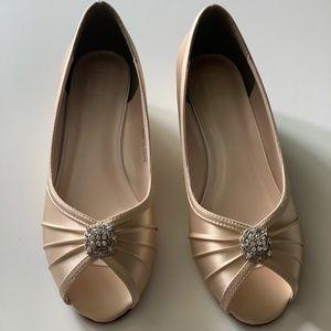 BRAND NEW David's Bridal Peep Toe Wedge Shoes
